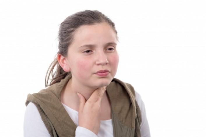 Bademcikler ve Geniz Eti Hangi Durumlarda Alınmalıdır?